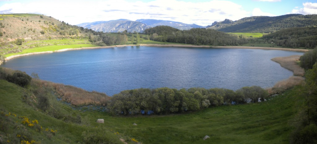 Panorama-estany-de-Montcortés-3